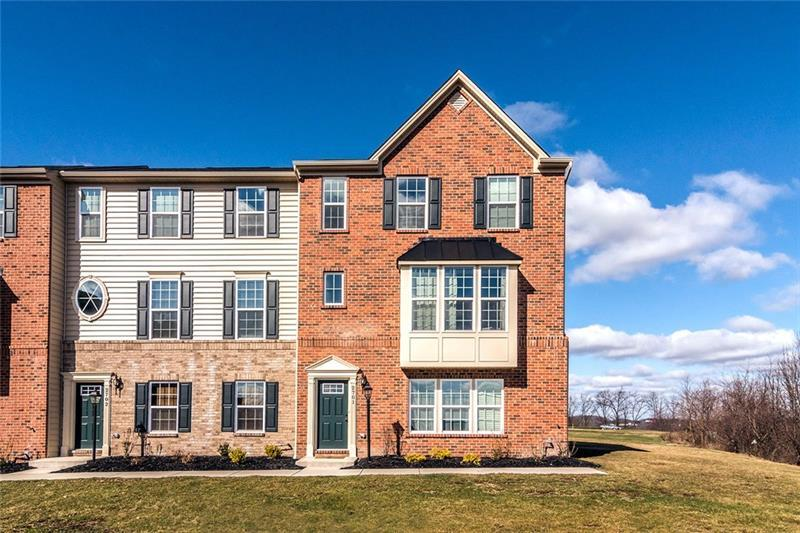 2701  Pointe View Dr